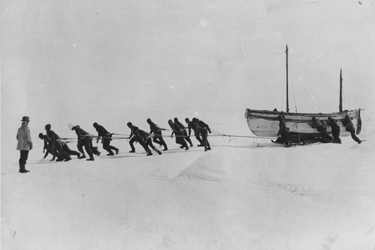 Members of Shackleton's expedition team pull one of their lifeboats across the snow in the Antarctic, following the loss of the 'Endurance'. (Photo by Hulton Archive/Getty Images)