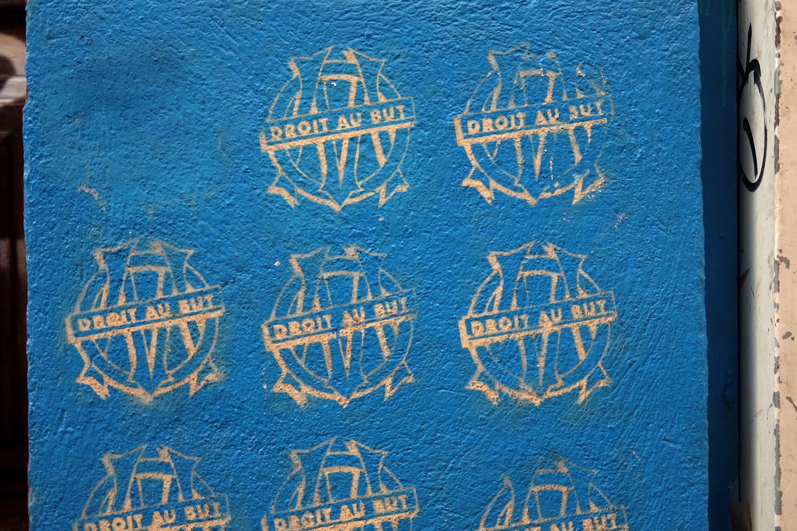 Olympique de Marseille street tags. (Photo by Pauline Eiferman)