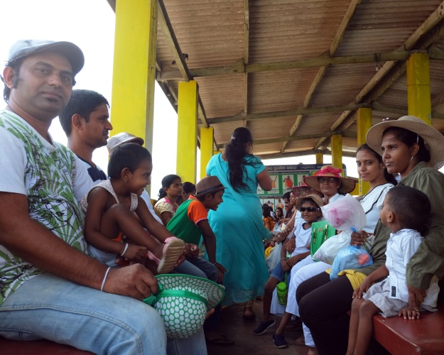 1. Nipun Rathnayaka, a tourist from Matara. / 2. Dushan Kandula and his family on the ferry.