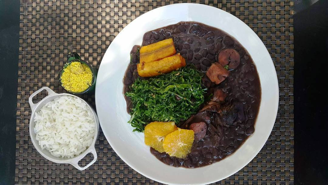 Feijoada (Photo courtesy of Borracharia Gastrobar via Facebook)