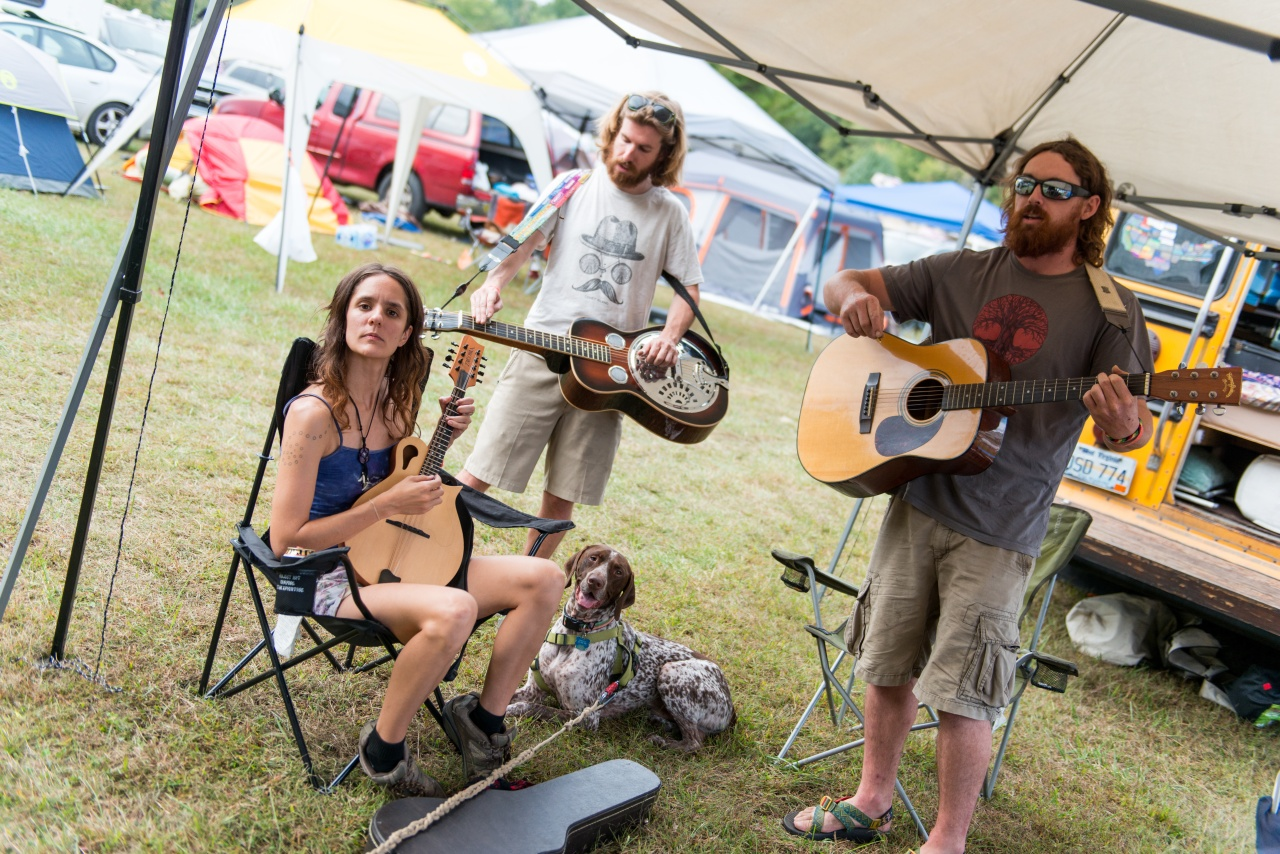 An informal jam session in the camping area of the festival.