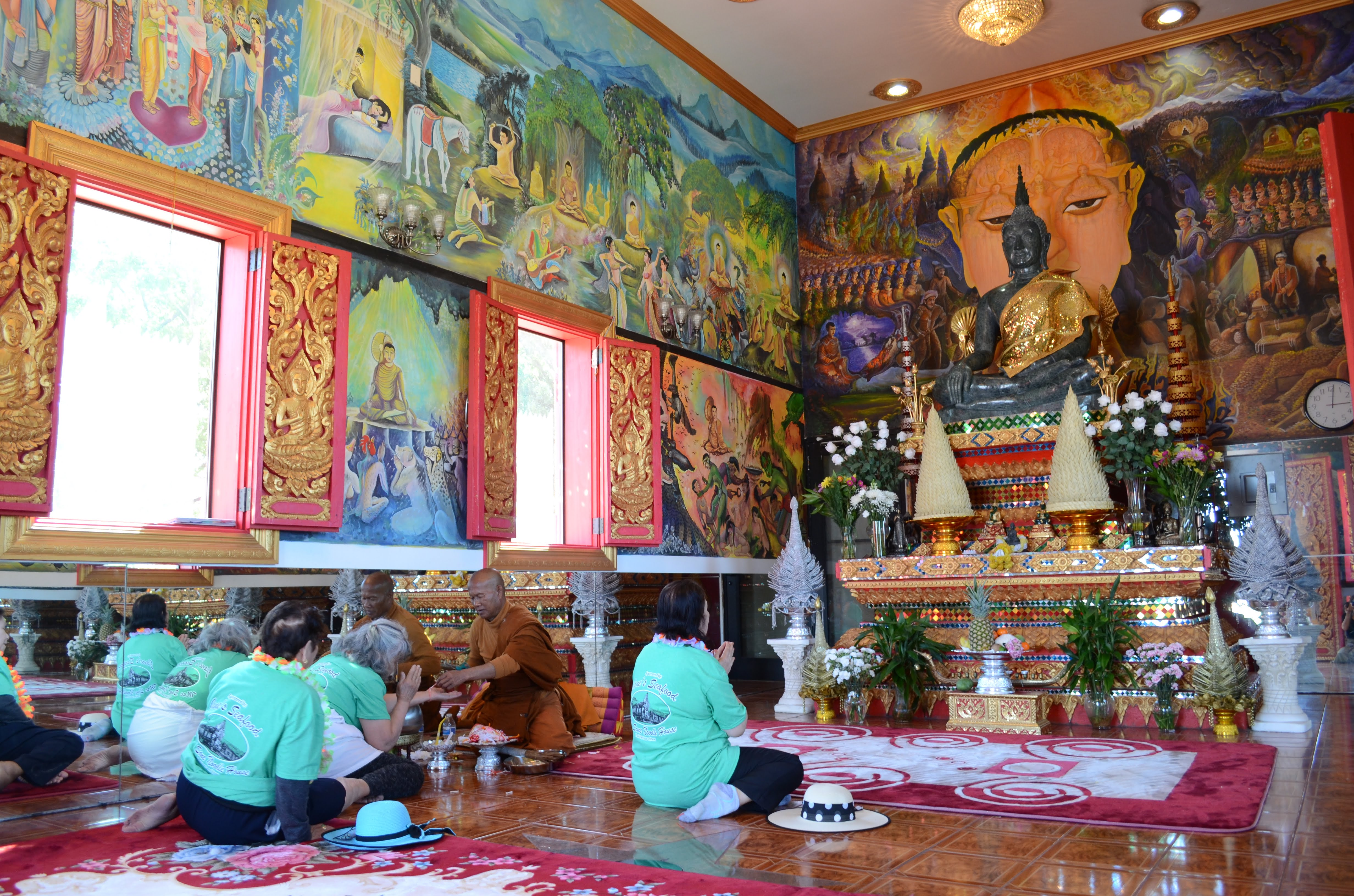 Wat Thammarattanaram is in Lanexang Village near the town of Coteau.