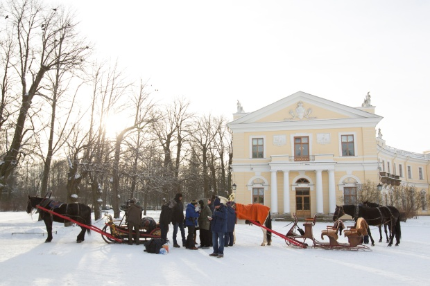The crew prepares to film in St. Petersburg.