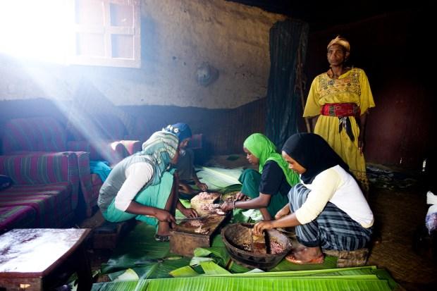 Local Muslim girls prep the lamb.