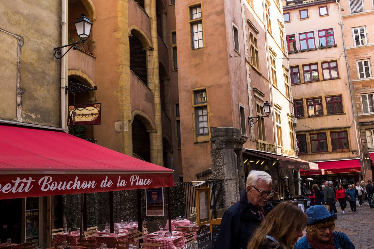 Parts Unknowns Guide To A Perfect Day In Lyon