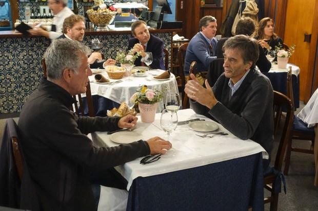 Bourdain and José Mereilles eat lunch at Cozinha do Martinho in Porto.